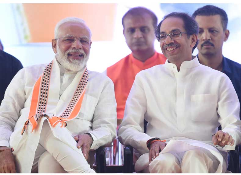 narendra modi with uddhav thackeray