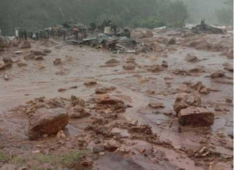Six houses got damaged due to a landslide at Indira Nagar in Kalwa east