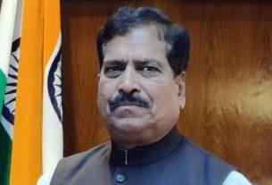 Minister of State for Railways Suresh Angadi dies due to corona