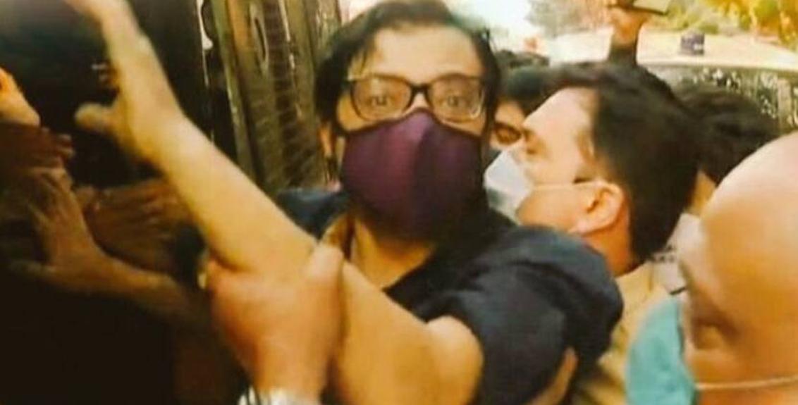FIR against Arnab Goswami