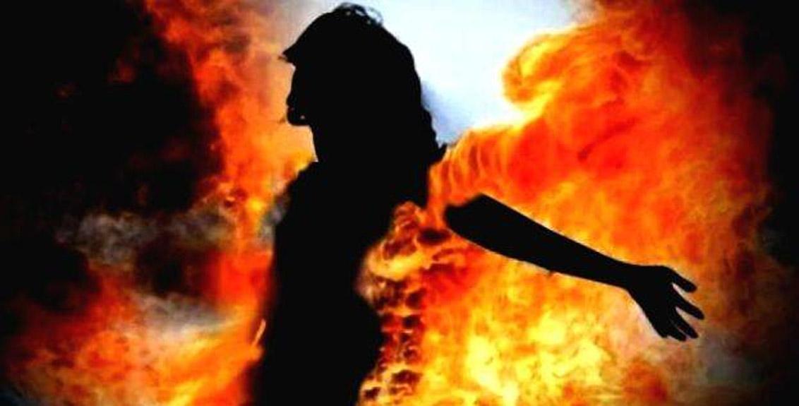 Shocking: Boyfriend burnt his girlfriend alive due to an argument