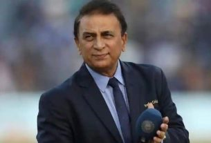 Kohli on paternity leave, but Natarajan still can't see girl, Sunil Gavaskar accuses management