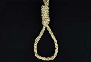 Farmers protest: Another farmer commits suicide by writing a suicide note