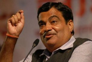 Nitin Gadkari's shocking revelation about vehicle licenses in the country