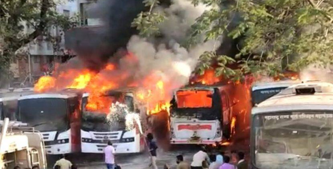 Six Shivshahi buses caught fire in ST bus depot in Satara