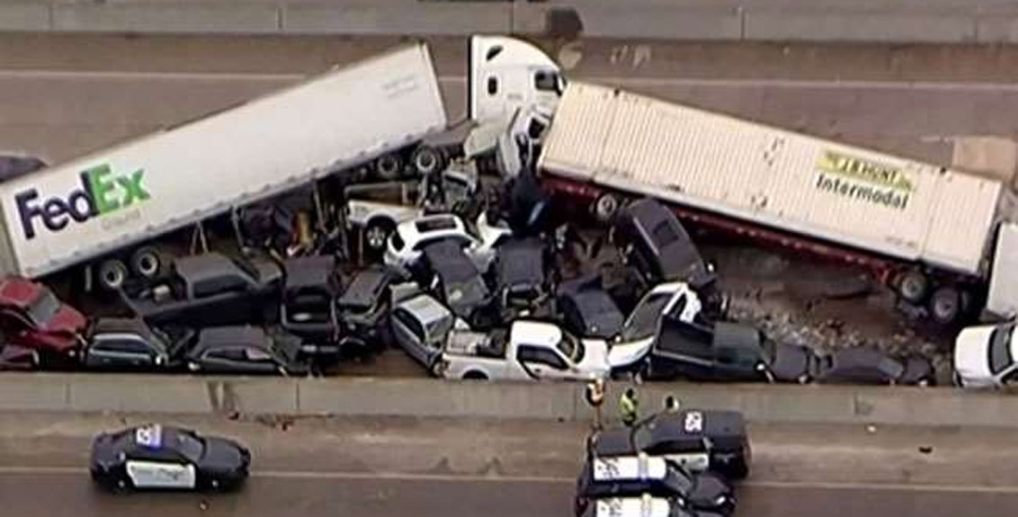 130 cars collided in a massive accident in america