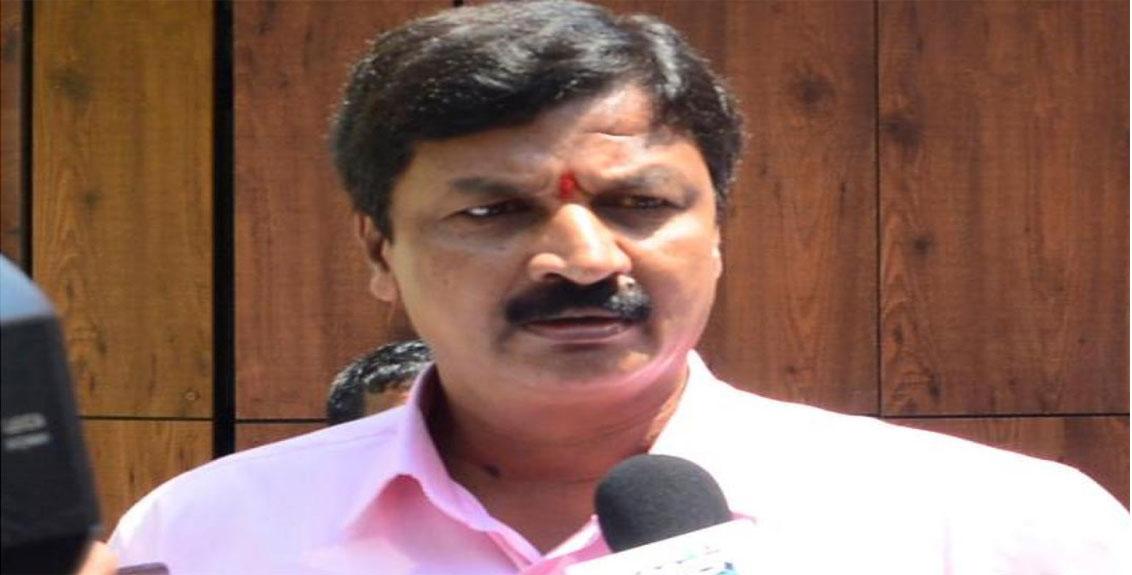 Serious allegations against Karnataka Water Resources Minister Ramesh Jarkiholi, pornographic video goes viral