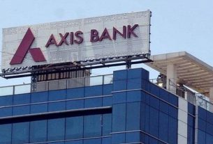 axis bank hikes cash withdrawal and sms charges salary account charge check all details