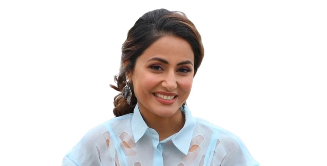 Actress Hina Khan infected with corona