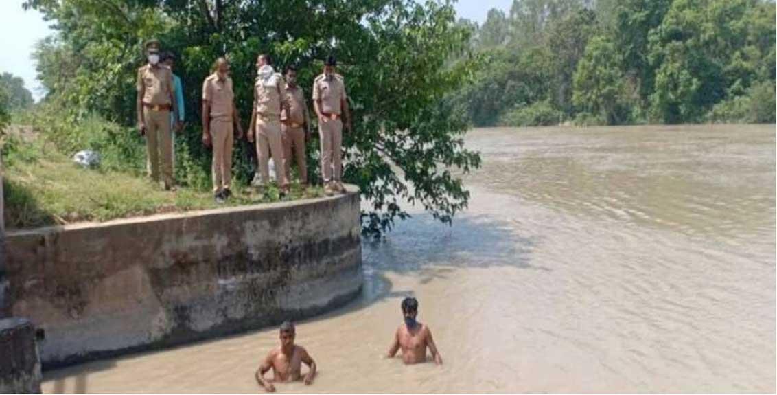 man killed wife and his three children in muzaffarnagar of uttar pradesh