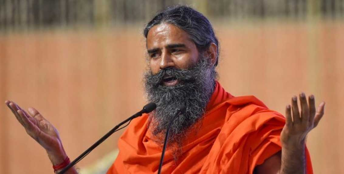 Baba Ramdev's controversial statement again, slapping his own back and criticizing the doctors