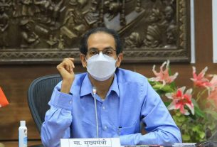 Projects should be completed on time - Chief Minister Uddhav Thackeray