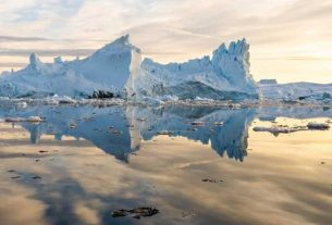 Rain falls on Greenland's summit for first time in recorded history