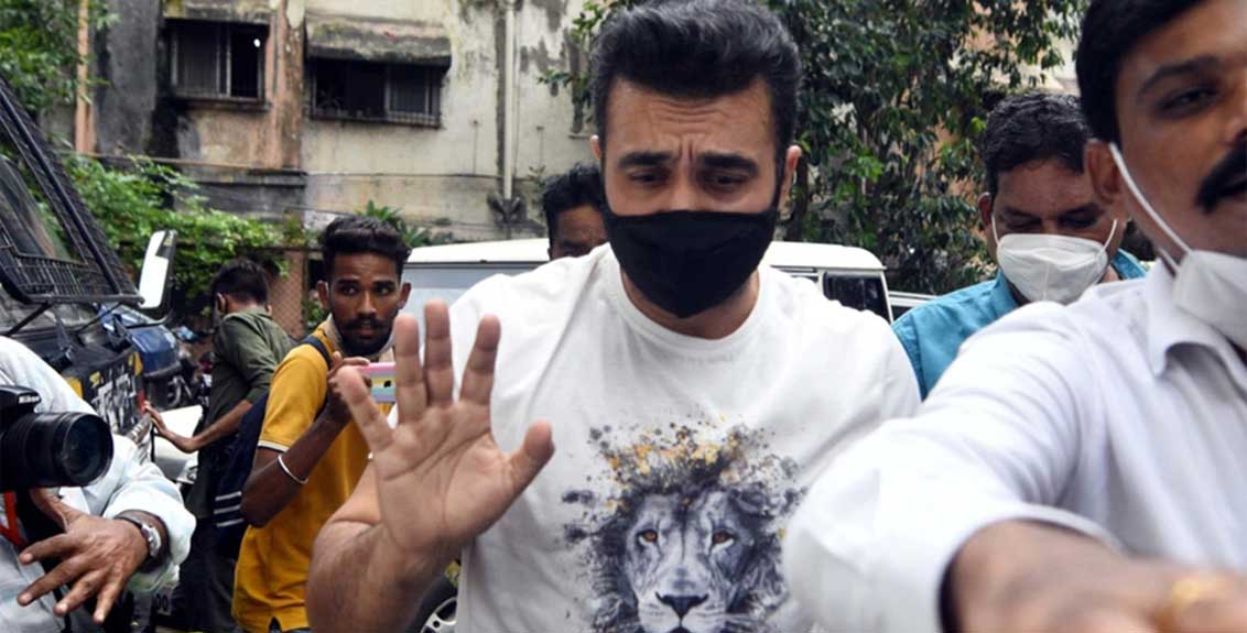 bollywood actress filed an fir against raj kundra said my private parts video was uploaded on the app fraudulently