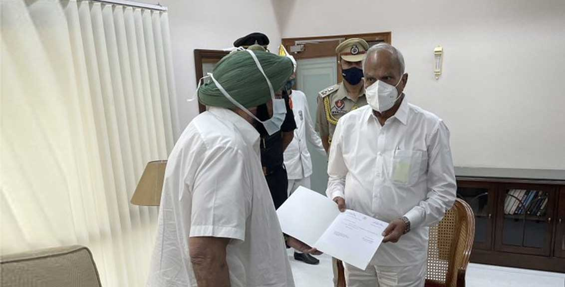 Punjab Chief Minister Amarinder Singh resigns